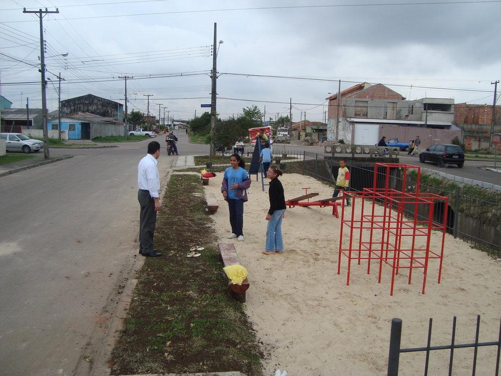 Playground na Rua Dr. João Luiz Bettega