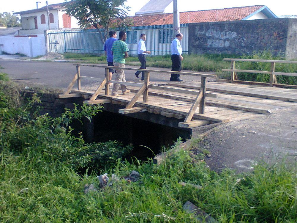 Reforma da ponte de madeira da Rua Natal