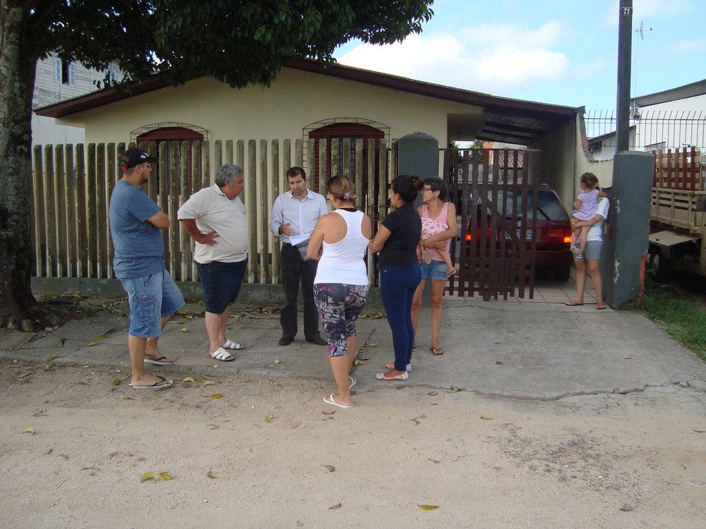 Reunião com moradores sobre pavimentação asfáltica da Rua Nádia Leuch Rymanski - 2012