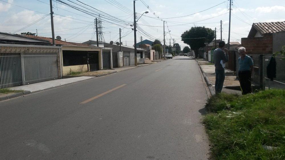 Revitalização da Rua Luiz Visinoni com implantação de rede de esgoto, rede pluvial e iluminação - DEPOIS
