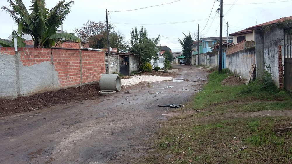 Implantação de Rede de Esgoto na Rua José Torres .jpg