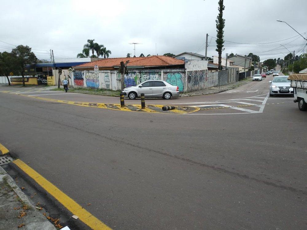 Delimitador Cilindro da Ilha da rua DR. Petrônio R. de souza.jpeg