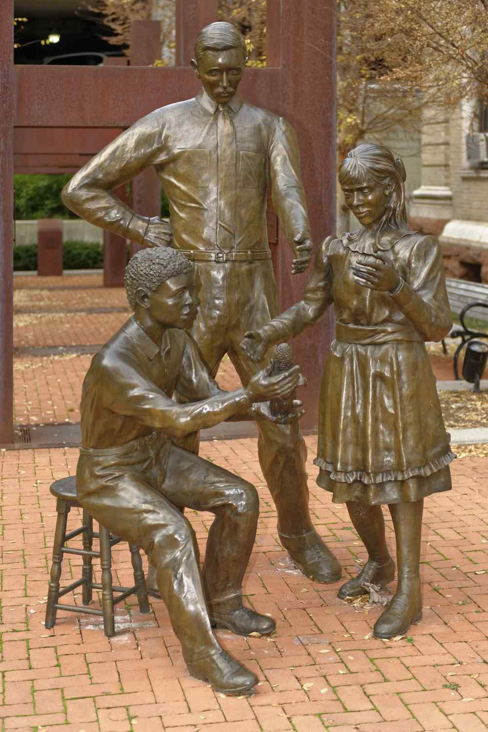 Sculpture by Mike Major showing a youthful A. B. Graham with two of his early club members as they present their projects, in downtown Springfield, Ohio, 2015. Image source:  The Ohio Academy of Science