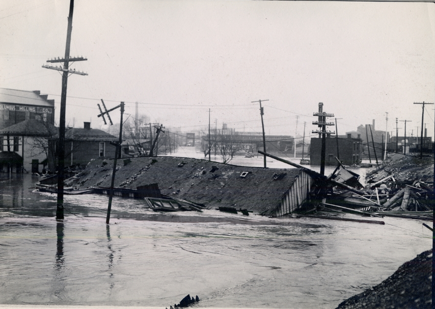 The Great Flood of 1913, Columbus, Ohio. Image source: 1913 Ohio Flood Gallery, image 3 of 28 (The Great Flood of 1913. Columbus, Ohio) from the photo archive of The Toledo Blade is reprinted with expressed permission of The Toledo Blade