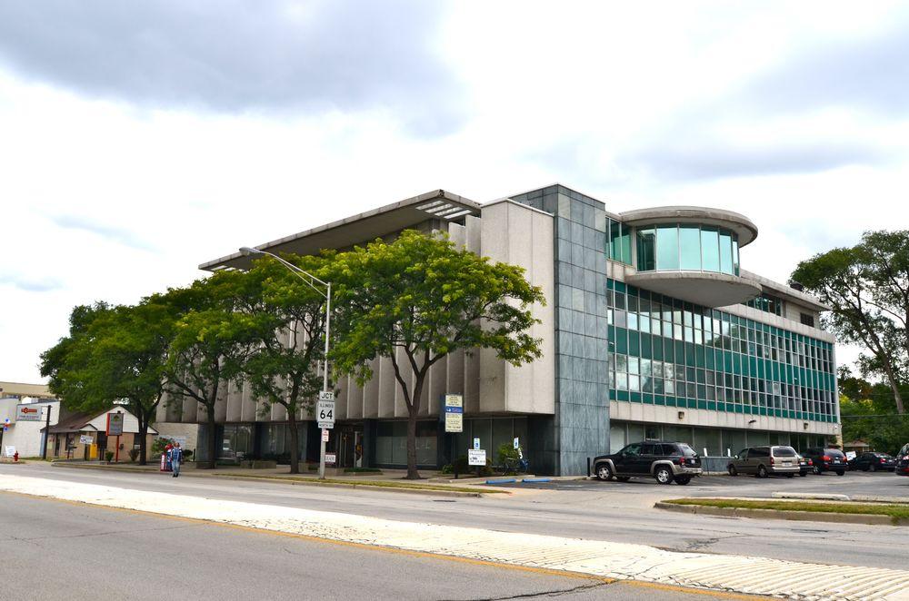 80,000 square foot office building, Oak Park, IL