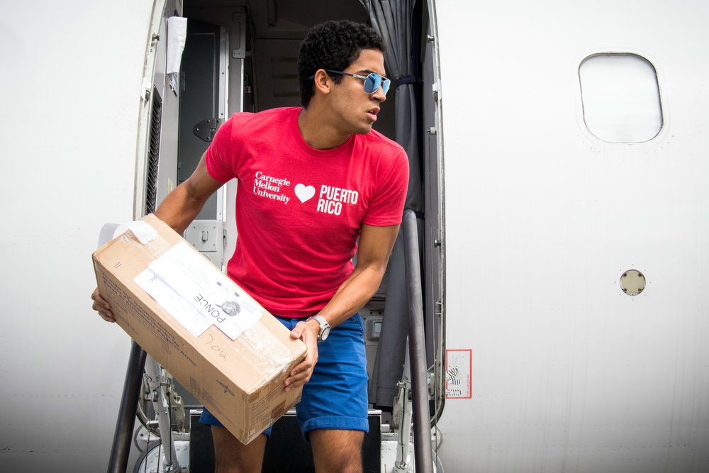 CMU students' relief efforts bring much needed supplies into Hurricane-torn Puerto Rico. Photographed by José López Sánchez.