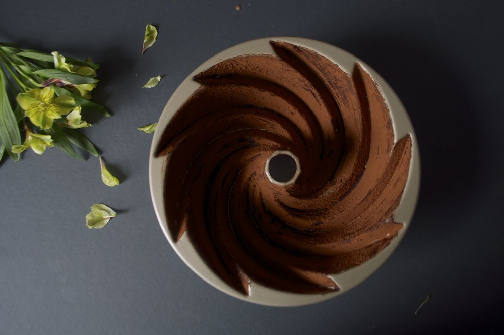 black-cocoa-cake-fried-parsley