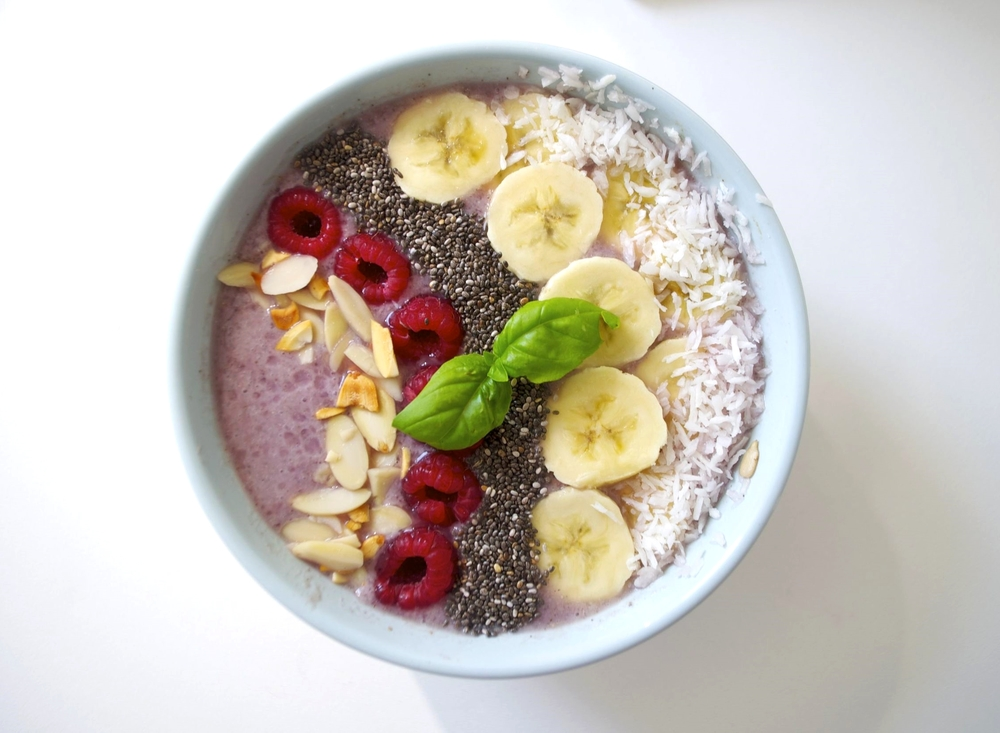 raspberry-ginger-smoothie-fried-parsley