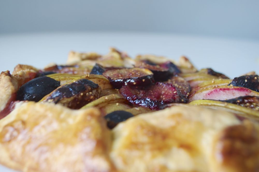fig-and-pear-tart-fried-parsley