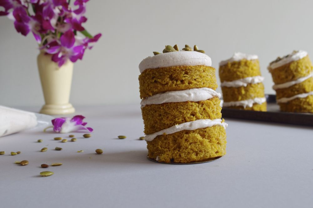 pumpkin-mini-cakes-fried-parsley
