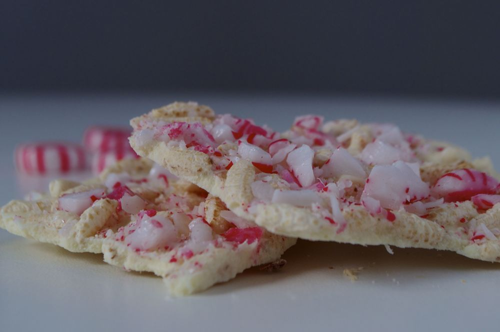 white-chocolate-peppermint-bark-fried-parsley