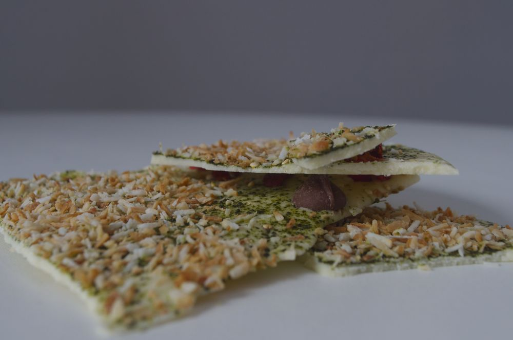matcha-coconut-chocolate-bark-fried-parsley