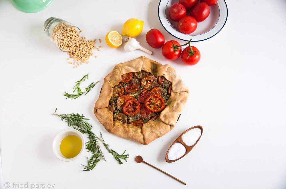 tomato-kale-pesto-tart-vegan-fried-parsley