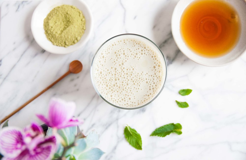 shaken iced matcha latte - fried parsley