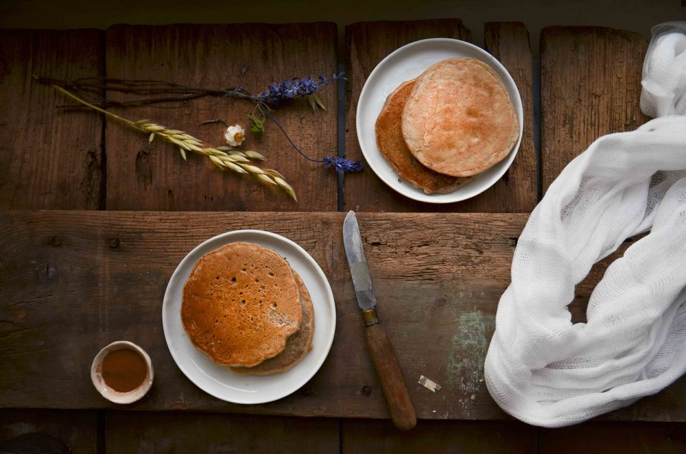 fluffy vegan sugar-free pancakes by fried parsley