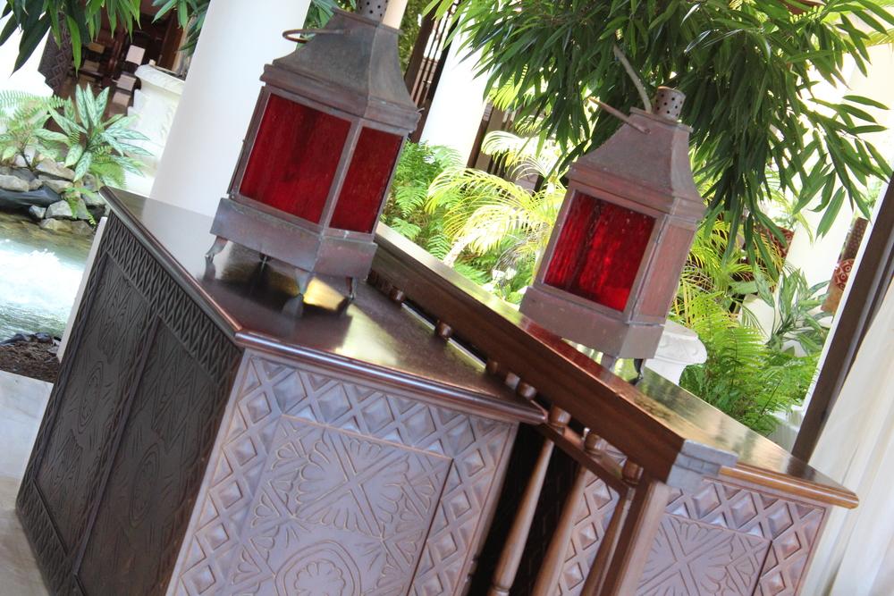 Lanterns at Resort.jpg