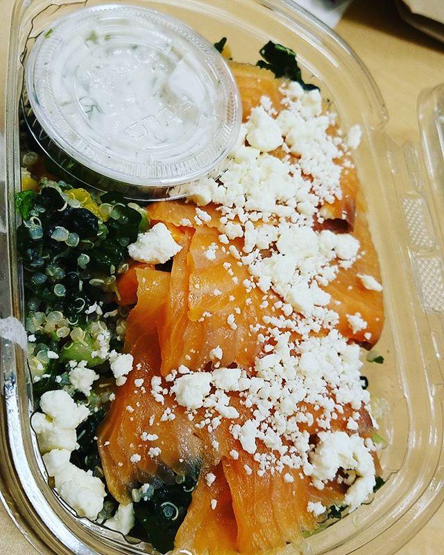 Quinoa with smoked salmon 😋