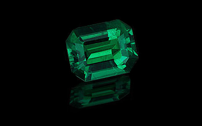 MAY<strong>Emerald</strong>