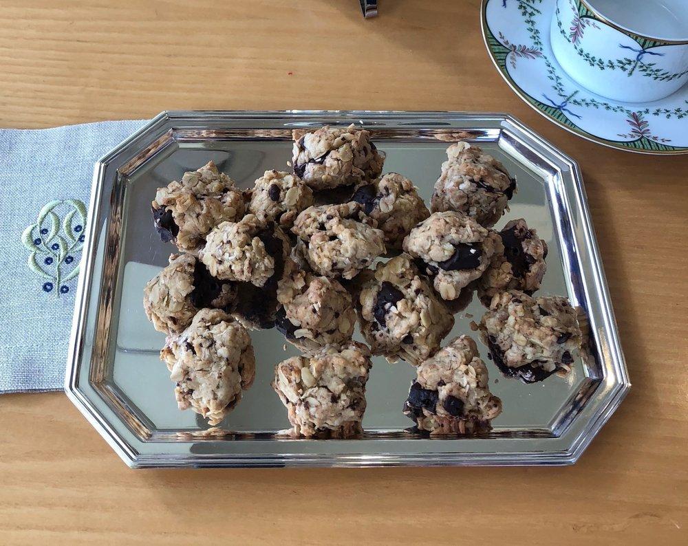 Chocolate+Oatmeal+Cookies.jpg
