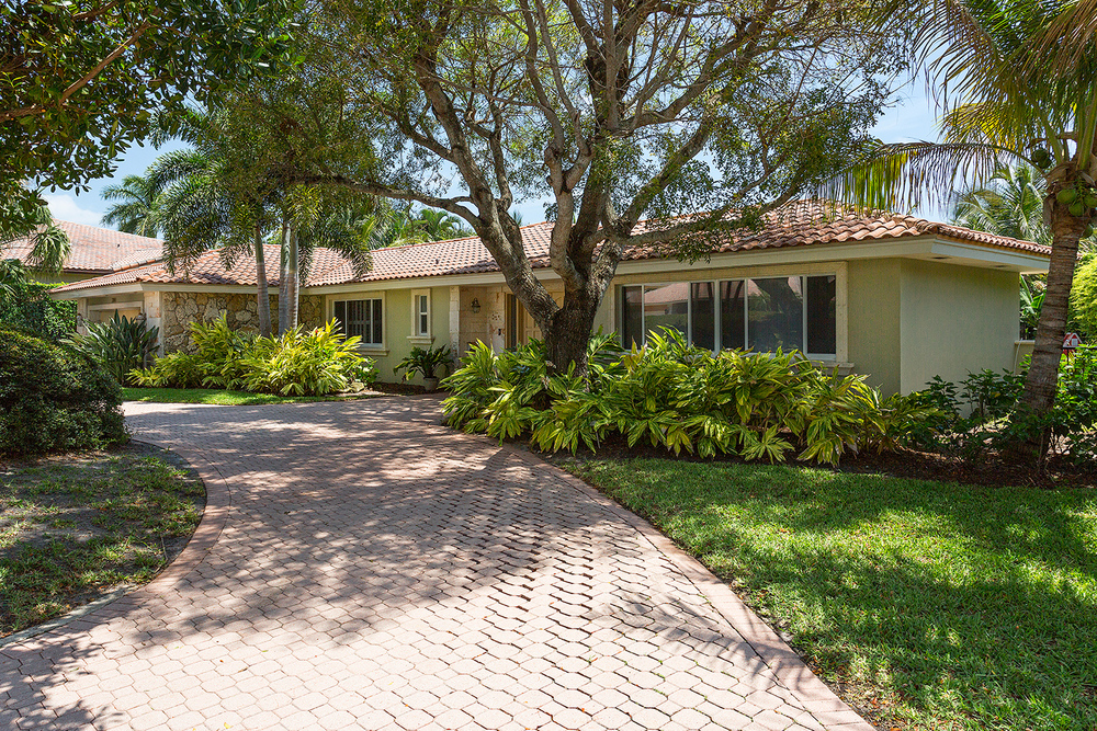 2384 West Silver Palm Road Royal Palm Yacht & Country Club $1,050,000 Sold Price