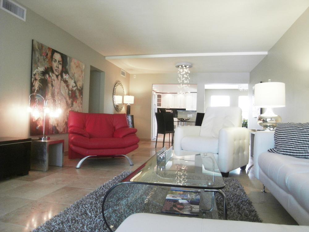 1800 E. Camino Real #208 The Atrium $185,000 Sold Price