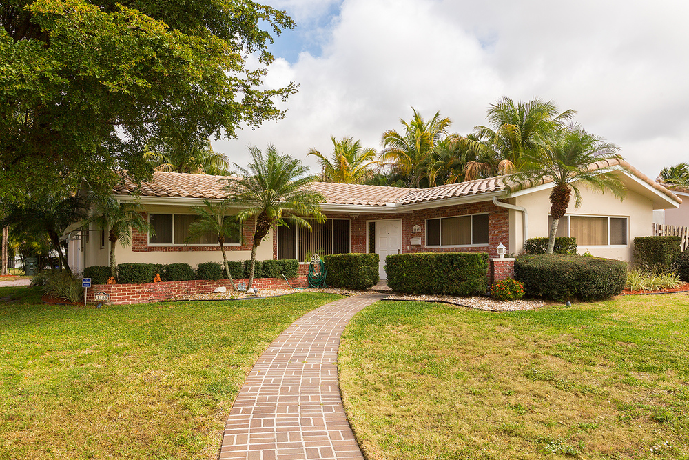 1169 SW 14th Drive Boca Raton Square $425,000 Sold Price