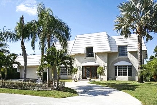 2265 Queen Palm Road Royal Palm Yacht & Country Club $1,215,000 Sold Price