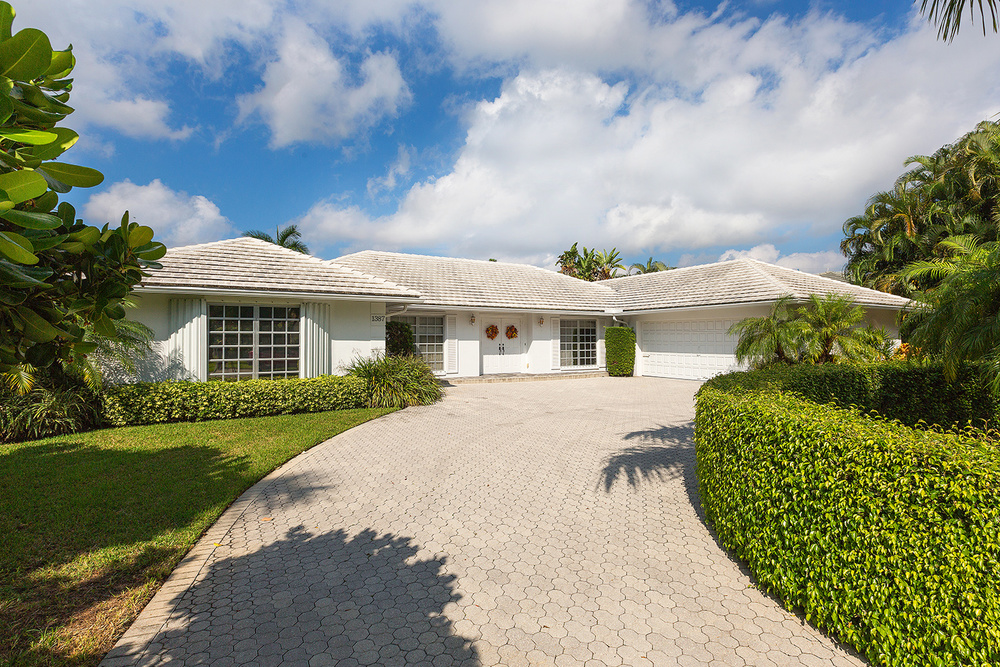 1387 Fan Palm Road - Golf Front Royal Palm Yacht & Country Club $2,300,000 Sold Price