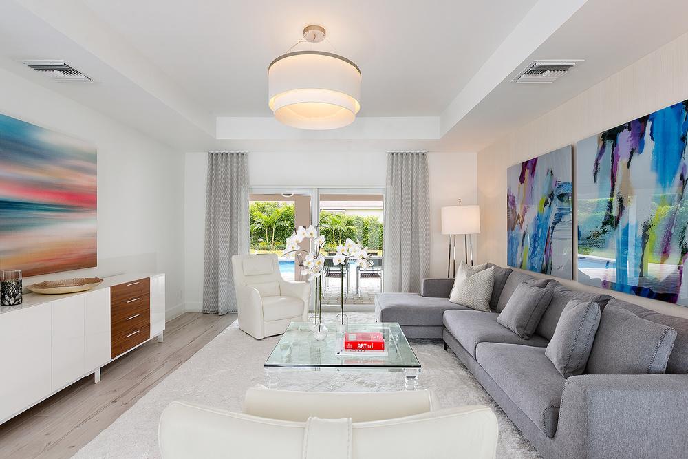 06_Livingroom_View.jpg