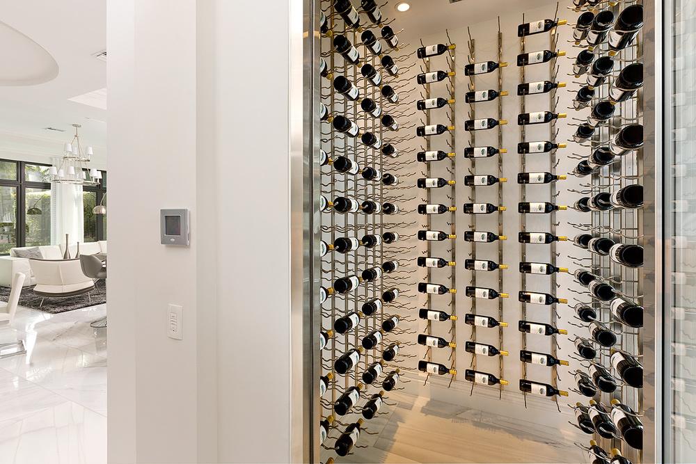 12a_Wineroom.jpg