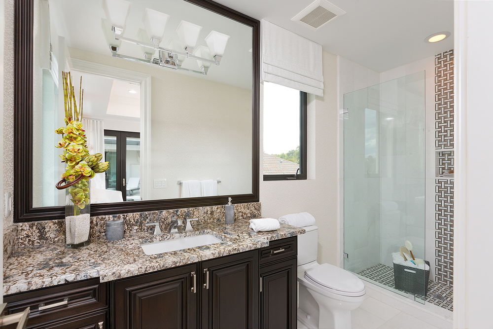 52_Bathroom5.jpg