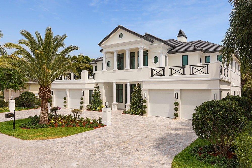 2184 Acorn Palm Road Royal Palm Yacht & Country Club $3,900,000 Sold Price