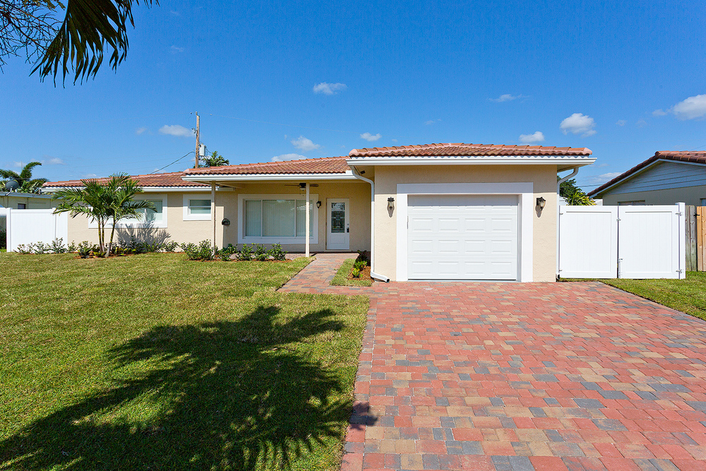 2755 NE 5th Ave Boca Woods $385,000 Sold Price
