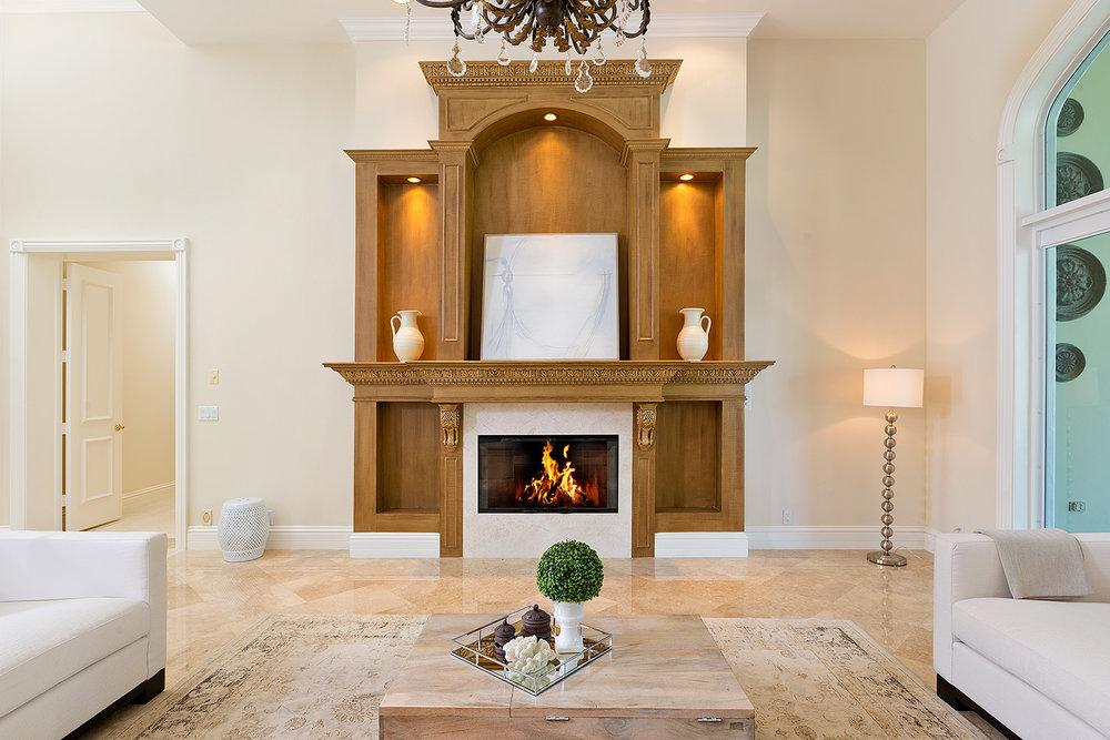 13a_Fireplace1.jpg