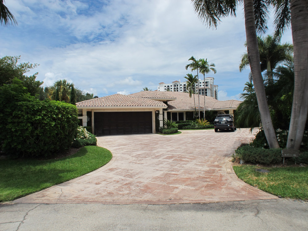 117 Thatch Palm Cove Royal Palm Yacht & Country Club $2,225,000 Off-Market Sale, Sold Price