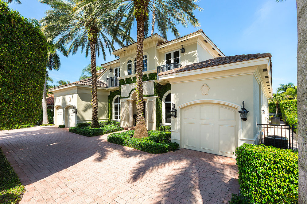 2124 W. Maya Palm Drive Royal Palm Yacht & Country Club $2,725,000 Sold Price