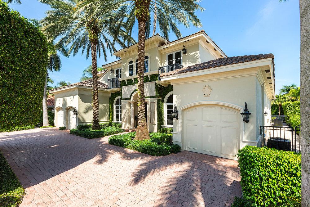 2124 W. Maya Palm Drive Royal Palm Yacht & Country Club $2,725,000 Sold Price