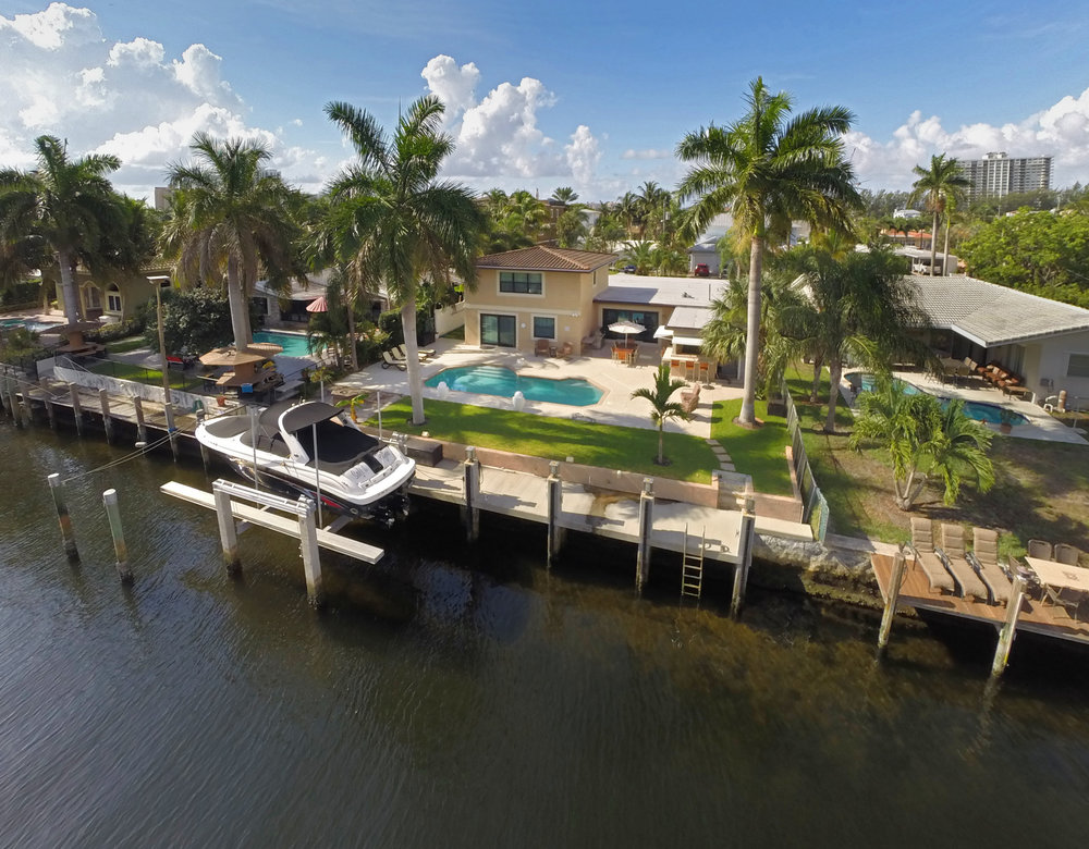 2537 S.E. 12th Pompano Beach $940,000 Sold Price
