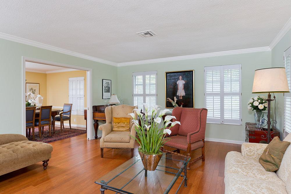 05_Livingroom_Layout2.jpg