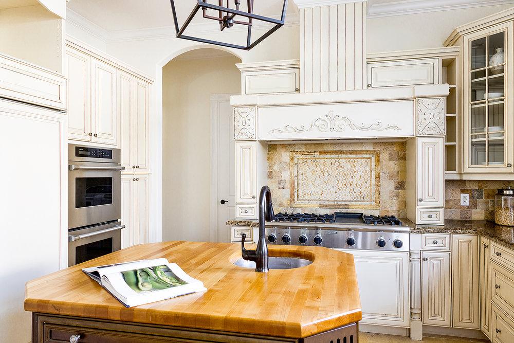 26_Kitchen_Detail.jpg