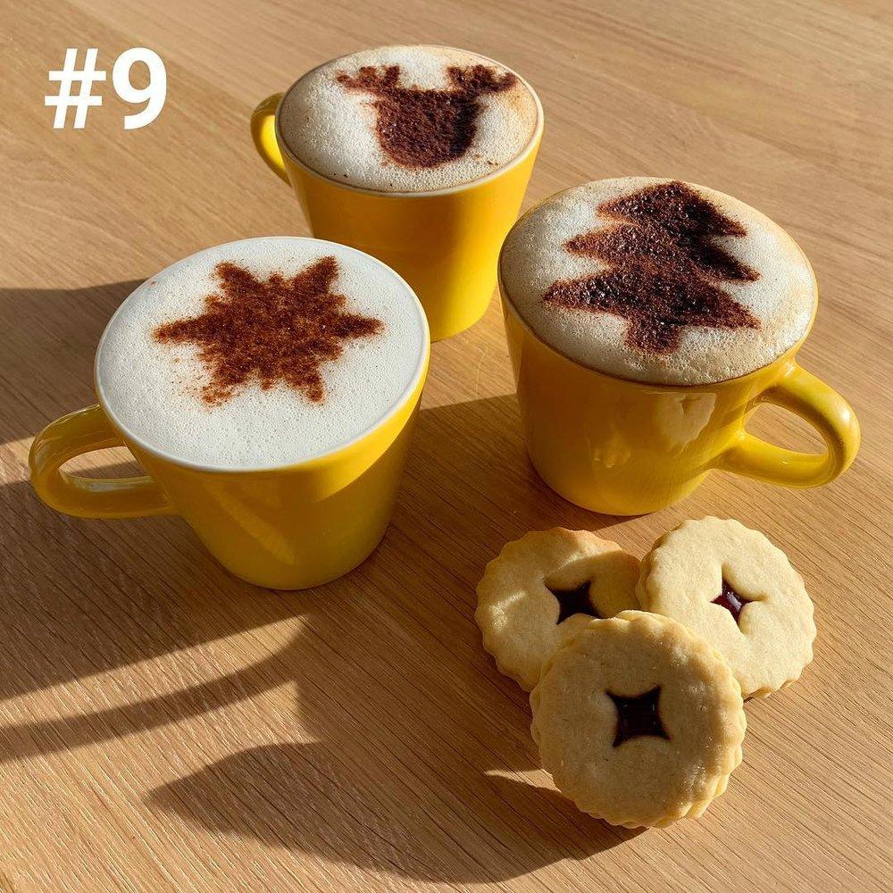 Christmas coffee art