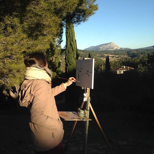 Current second-year MFA student @marygleone sur le motif  where Cézanne painted many of his finest paintings of le Mont Sainte Victoire.  #marchutzmfa #painting #art #enpleinair #surlemotif
