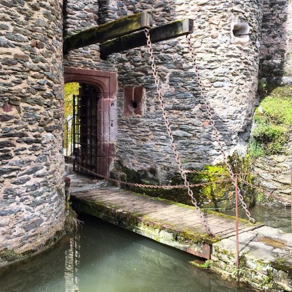 belcastel drawbridge.png