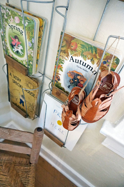 Blogdetail-Front Tiny Cottage - Book and Shoes Details.jpg
