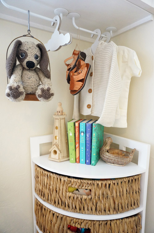 blogdetail-Front Tiny Cottage - West COrner Shelf.jpg