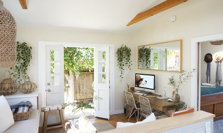 Roundup: Small Space Desks — The Tiny Canal Cottage