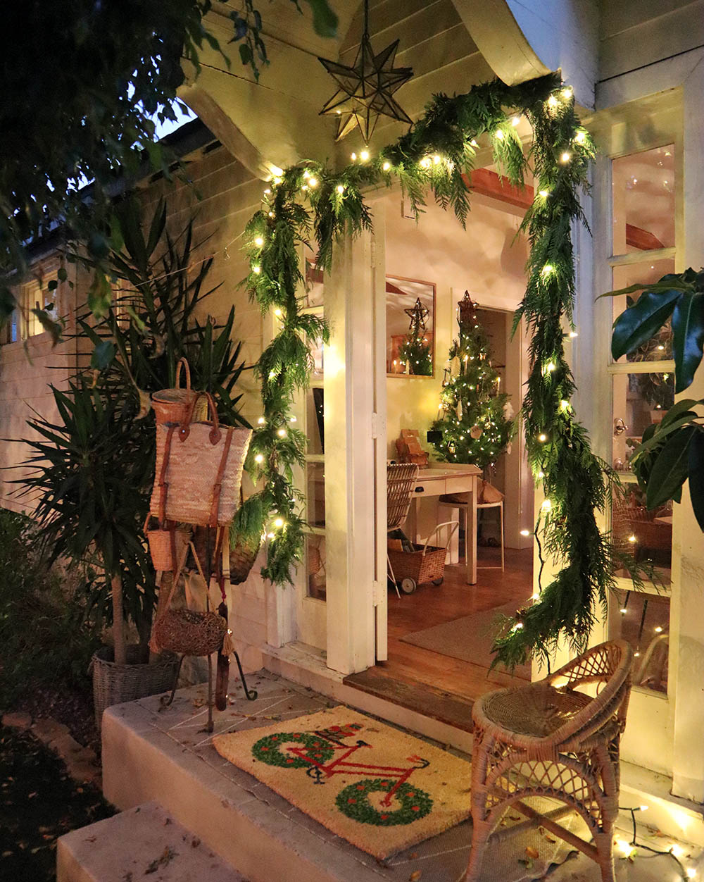 blog_garland_tinycottage.jpg