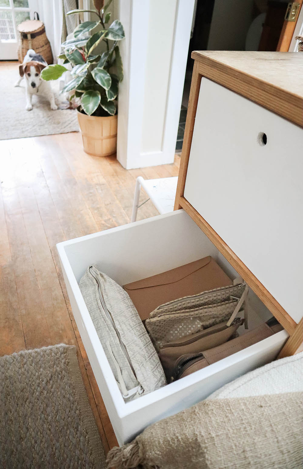 tinyhouse_builtin_drawers_3.jpg