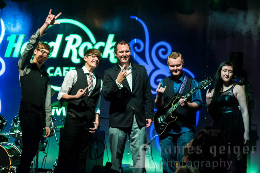 The Cruz Brothers with David DeMontmollin, VP of Sales and Marketing,at the Seminole Hard Rock Cafe & Casino - Tampa