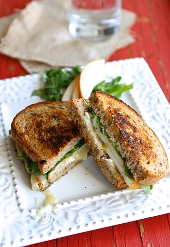 Grilled Brie Sandwich Recipe With Pear & Hazelnuts:http://www.huffingtonpost.com/2015/02/27/brie-cheese-recipes_n_3677996.html